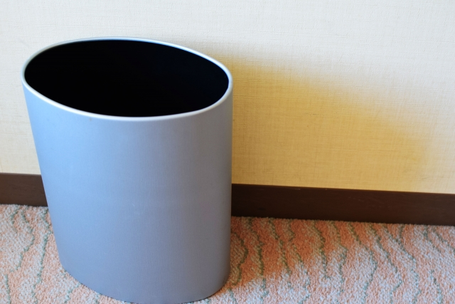 認知症高齢者の介護の実例「ゴミ箱をトイレと勘違い」