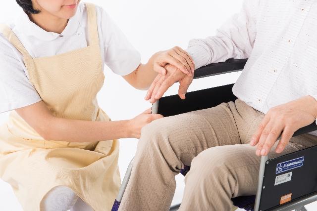 新人介護職員による帰宅願望、異食行為、不潔行為に対する対応